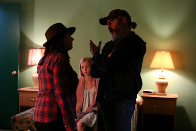 You Were Never Really Here Joaquin Phoenix and Lynne Ramsay Set Photo