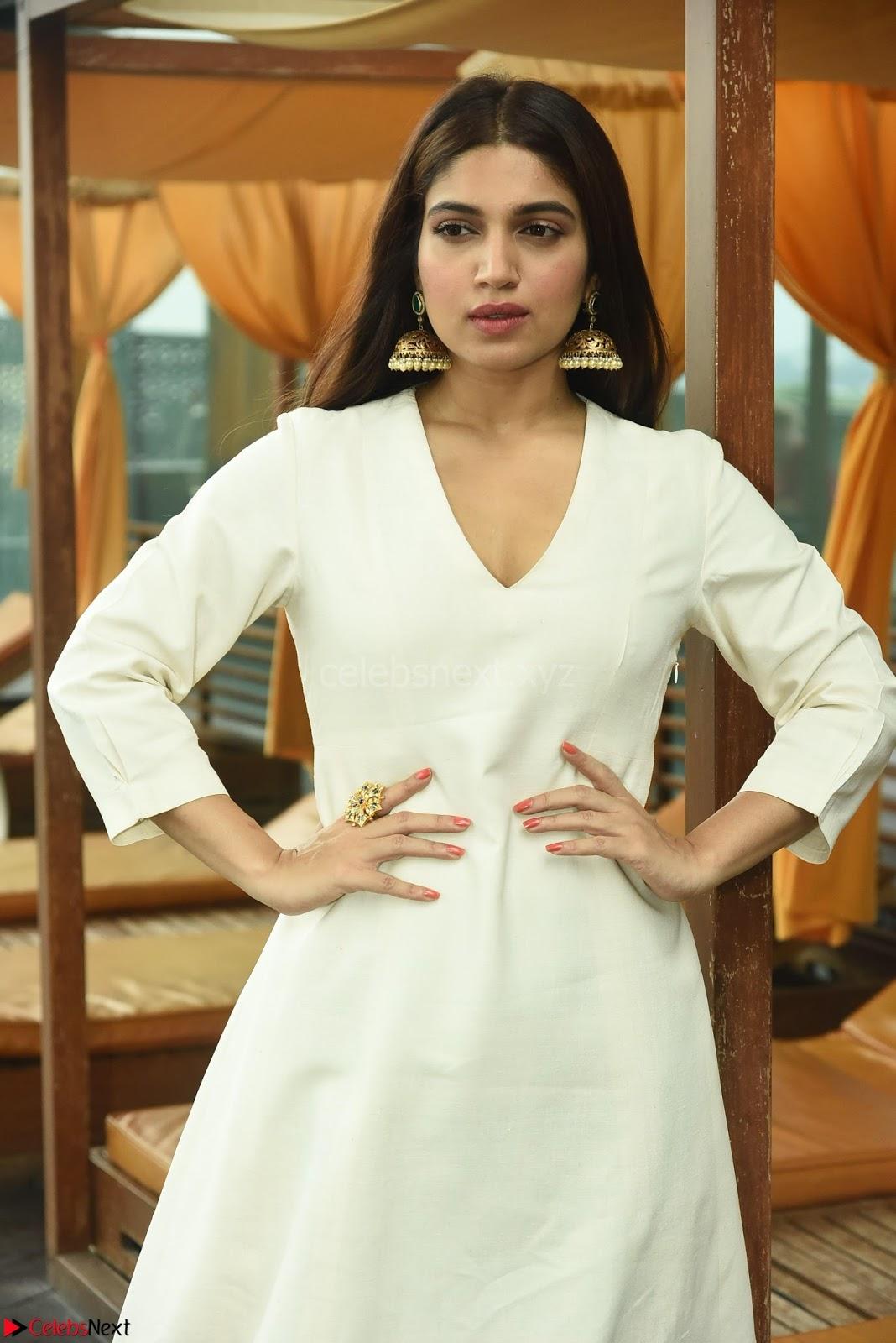 Bhumi Pednekar Looks super cute promoting her movie Toilet Ek Prem Katha