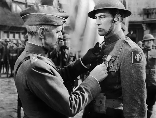Selmer Jackson e Gary Cooper in «Il sergente York» di Howard Hawks 9ac837879677