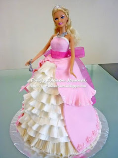 kue ultah tema barbie
