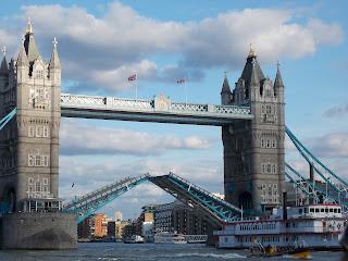 Pic of Tower Bridge, London