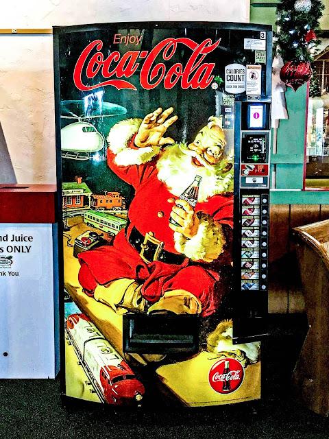 Santa Coca Cola Machine