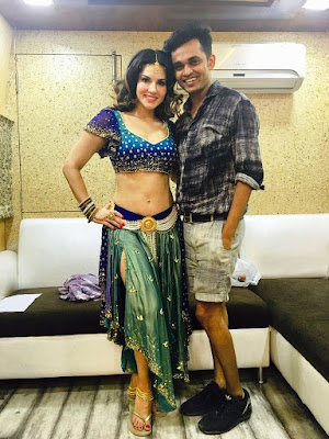 #instamag-covered-3-decade-outfit-designs-for-sunny-leone-biopic-says-hitendra-kapopara
