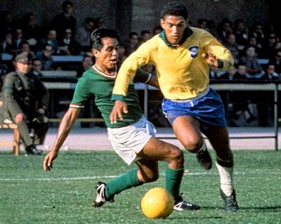 أفضل عشرون لاعبا في تاريخ كأس العالم لكرة القدم Roi du FootBall