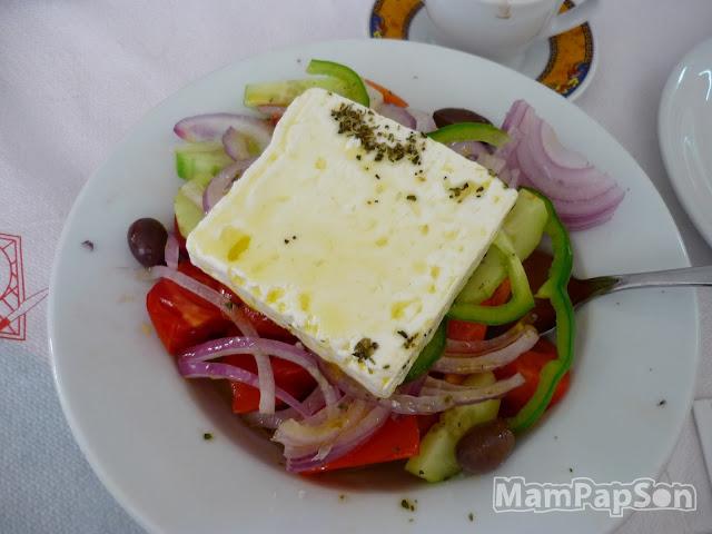 Греческий салат в Греции