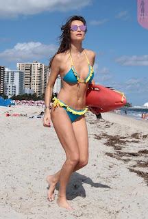 Julia-Pereira-in-Bikini-in-Miami-111+%7E+SexyCelebs.in+Exclusive.jpg