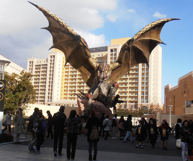 Monstruo alado de Monster Hunter en Universal Studios Japan