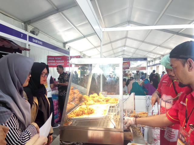 Makanan halal di muslim lifestyle festival