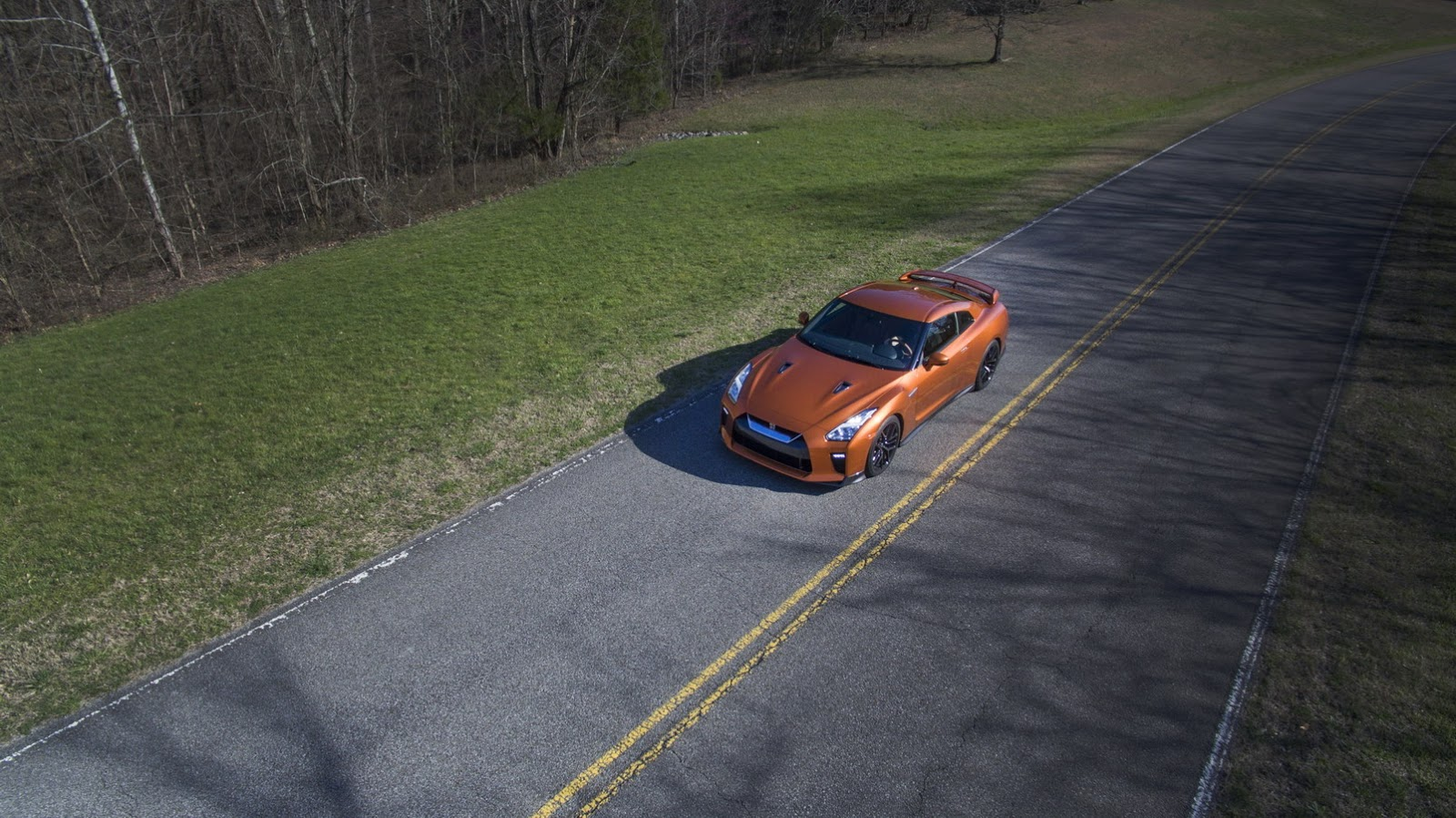 Đánh giá siêu xe Nissan GT-R 2017 - Chính thức trình làng