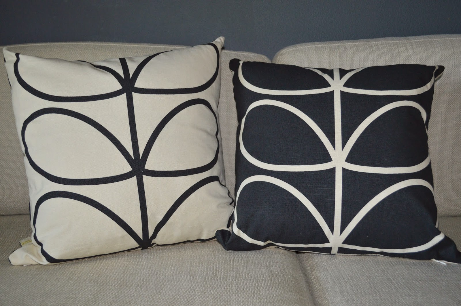 I Finally Purchased A Set Of Orla Kiely Pillows Got The Slate Colorway Which Has What Ears To Be Black At Least Me Anyway Background With