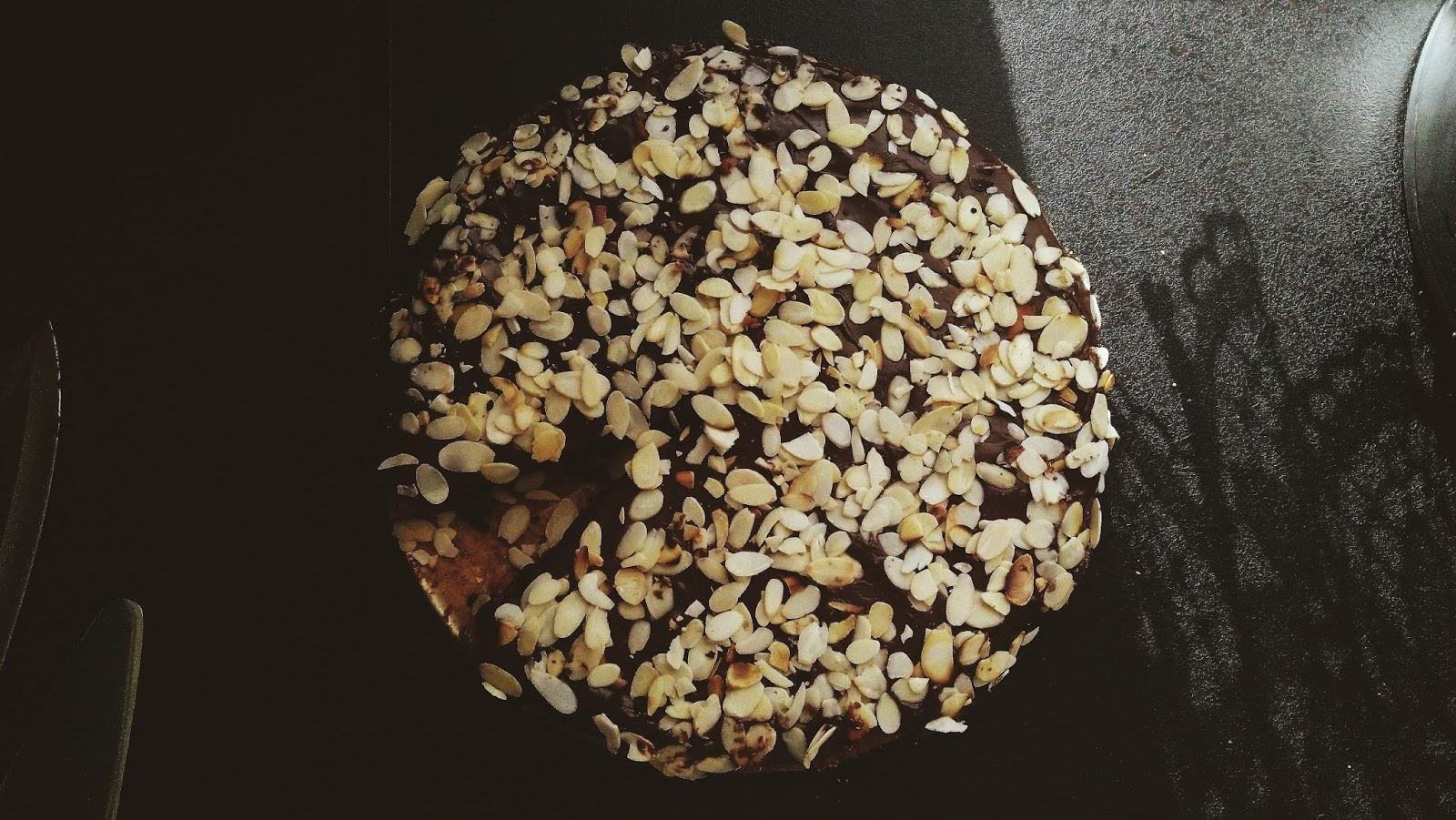 Ciasto marchewkowe z kremem z mleczka kokosowego | WILGOTNE W ŚRODKU
