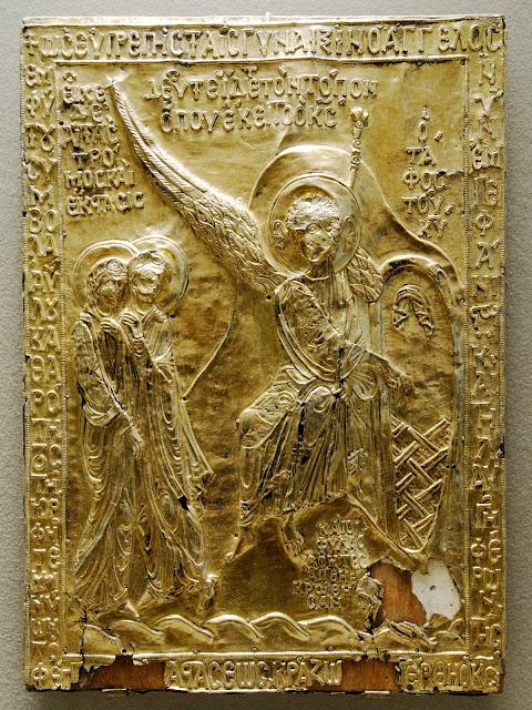 Η σπάνια κειμηλιακή βυζαντινή εικόνα του 12ου αιώνα. Η εικόνα όπως εκτίθεται σήμερα στο Μουσείο του Λούβρου. Από την εικόνα έχει αφαιρεθεί ο ενσωματωμένος Τίμιος Λίθος από τον Πανάγιο Τάφο του Χριστού (σύγκρινε με την πρώτη εικόνα αυτής της ανάρτησης).