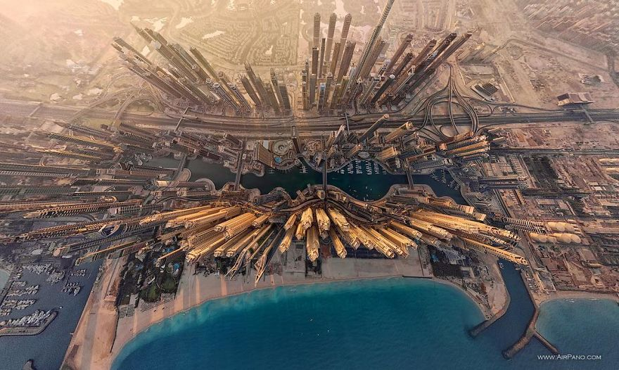 Beautiful Panoramic Pictures Of 20 Famous Cities - Dubai, UAE