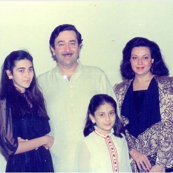 Kareena Kapoor with her family