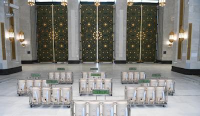 Source: KSA Centre for Government Communications. Zamzam water for pilgrims in Makkah.