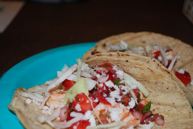strawberry_salsa_shrimptacos