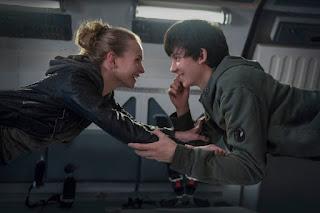 Sinopsis dan Pemain Film The Space Between Us (2016)