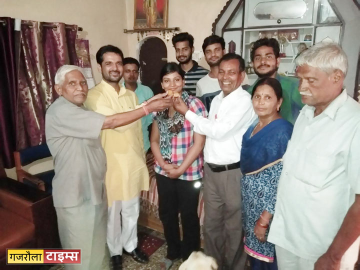 anupriya-kashyap-judge-gajraula2