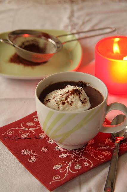 Cioccolata-calda-con-panna