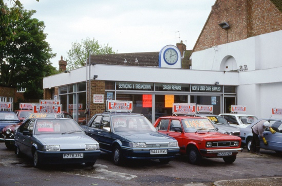 Photograph of Brookmans Park Motors taken in May 1993 by Ron Kingdon and digitised by Mike Allen