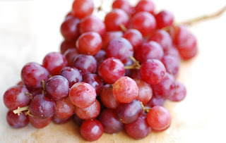 Top 9 Benefits of Red Grape for a Healthy and Healthy Diet