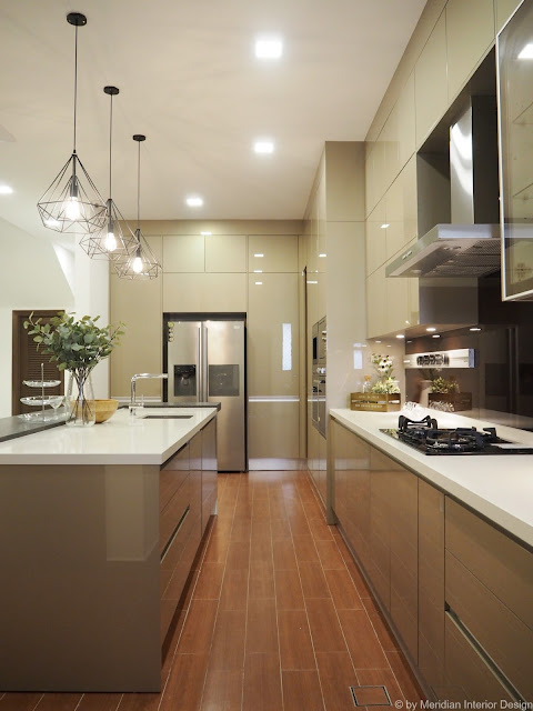 Modern Luxury Kitchen by Meridian Interior Design
