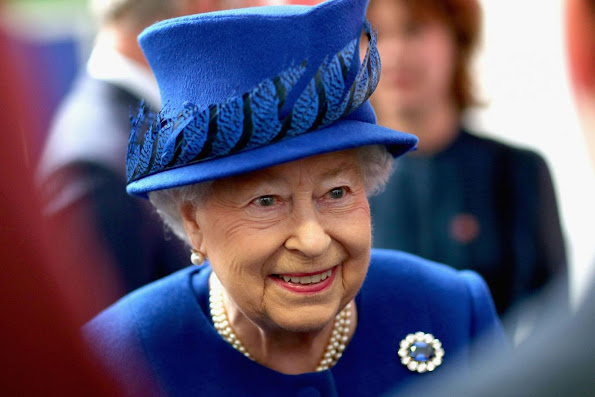 Our Queen at 90 – marking Queen Elizabeth II's birthday, Queen Tiara, Queen jewelry, earrings