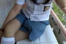 Kepepet, Siswi SMA Jual Perawan 1,5 Juta Untuk Bayar Hutang Karena Hal Yang Bikin Merinding! Video Nya Tersebar, Klik Untuk Tonton!