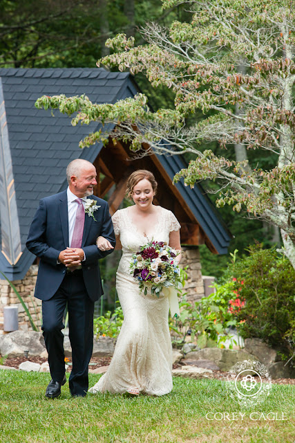 bride enters with Father | Corey Cagle Photography