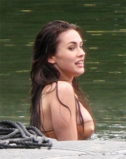Megan Fox Topess Pictures 42