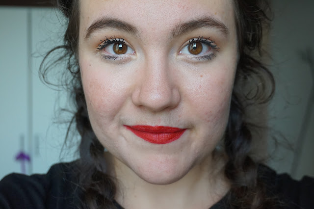rouge-favoris-red-lipsticks-revue-avis-swatches-bobbi-brown-color-riche-red-10