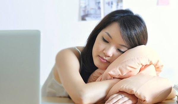امور تؤثر علي ساعات نومك وتزعجك احذريها