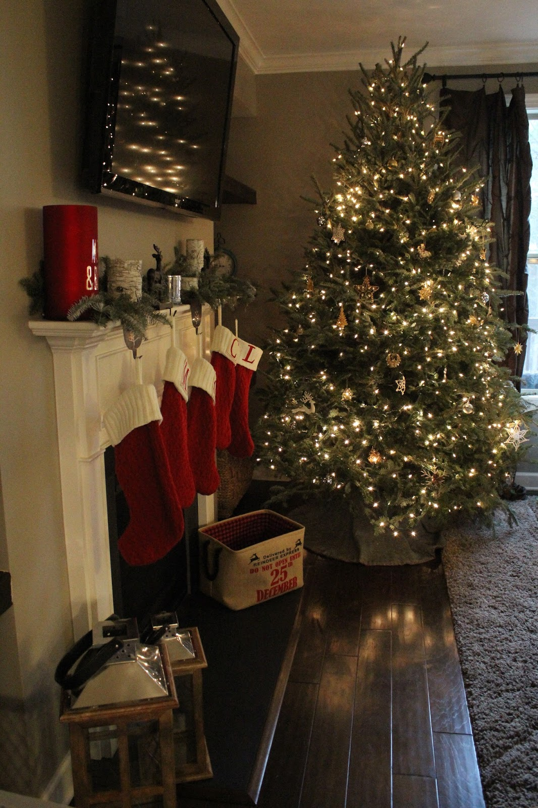 Stilettos and Diapers | Christmas Home Tour 2016