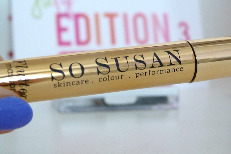 an image of so susan flutter mascara in black