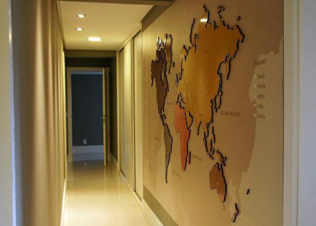Decoração com mapa-múndi