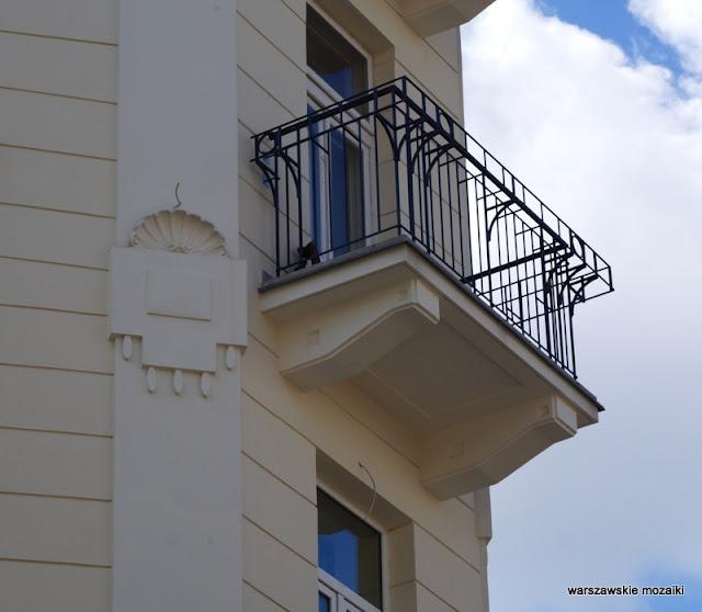 Warszawa Warsaw Stary Mokotów ulica kamienice lata 30 architektura balkon