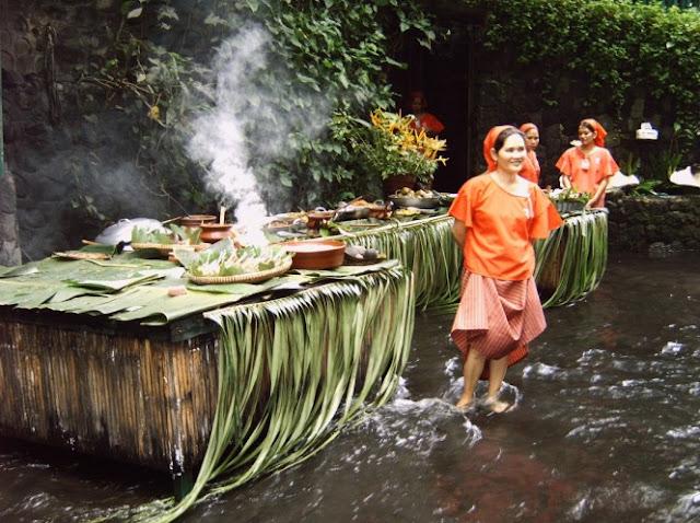 Villa escudero resort with the waterfalls restaurant in for Villa escudero resort with the waterfalls restaurant in philippines