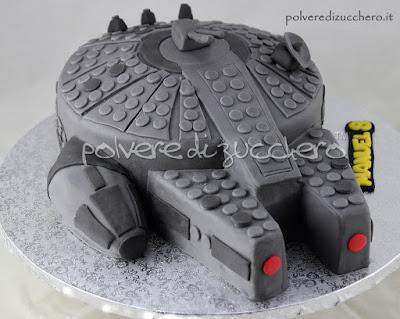 torta decorata star wars cake millenium falcon pasta di zucchero polvere di zucchero torta decorata cake art cake design