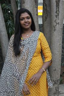Actress Riythvika Pictures in Salwar Kameez at Enakku Veru Engum Kilaigal Kidaiyathu Audio Launch  0005.jpg