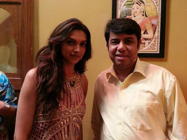 Naseem Vicky WIth The Beauty Deepika Podukon