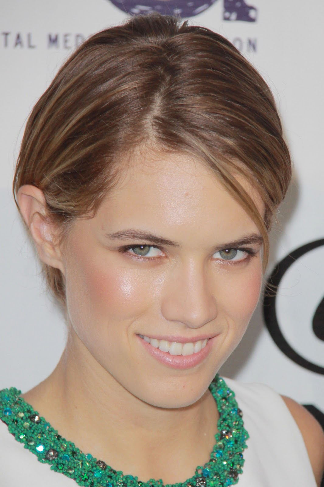 Cody Horn Style, Clothes, Outfits and Fashion • CelebMafia |Cody Horn The Office