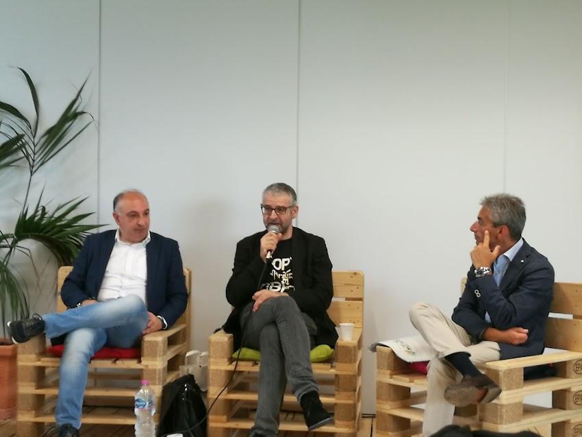 """Conferenza Stampa Con """" Fortunato Cerlino """" ( Fotogallery E Link Per Comprare Il Libro )"""
