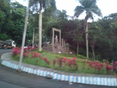 Patung Gandrung di Gumitir.
