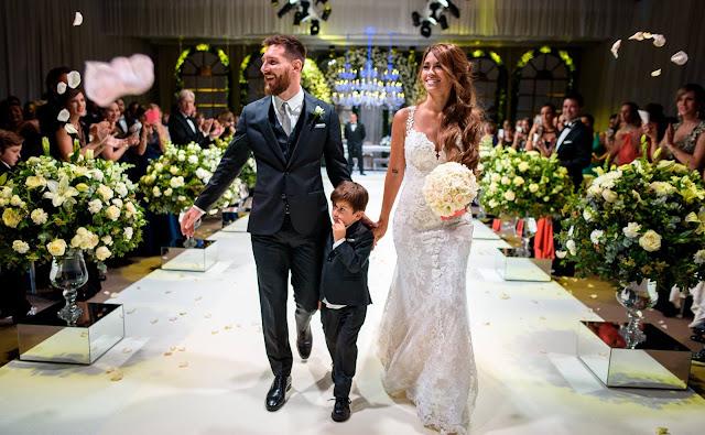 messi antonella boda Muchas gracias a todos por acompañarnos ayer en un día tan especial.  Many thanks to you all for sharing in such a special day with us yesterday.  - LIO
