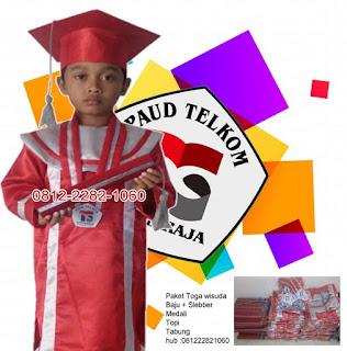 contoh baju seragam toga wisuda anak PAUD Telkom Singaraja Bali
