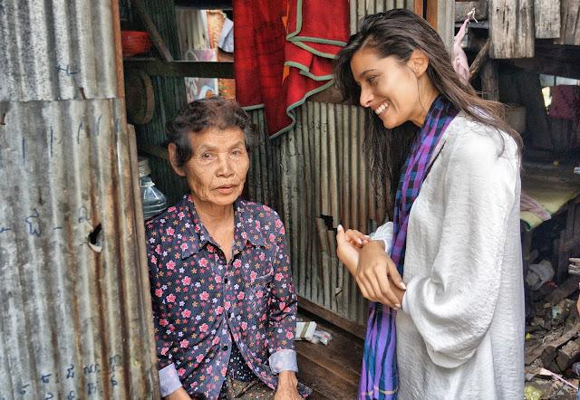 Avec une grand-mère dont le programme a permis de financer une opération des yeux