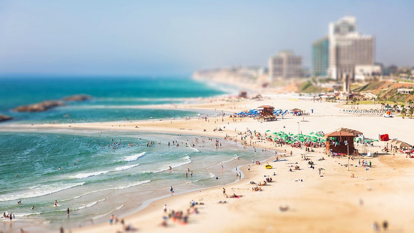 HerzliyaIsrael_EN-CA11086525958_1366x768.jpg
