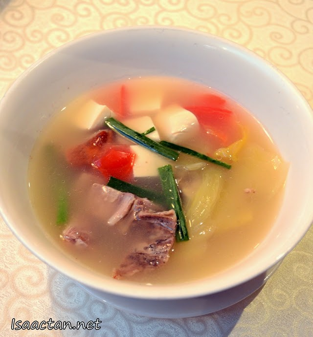 Duck Bone with Salted Vegetables and Beancurd Soup