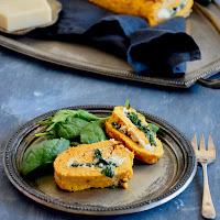 Torta de abóbora manteiga com espinafres, ricotta e queijo cabra