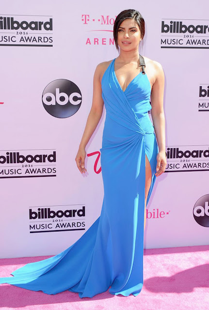 priyanka_billboard_music_award
